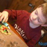 Poiss teeb piparkooke